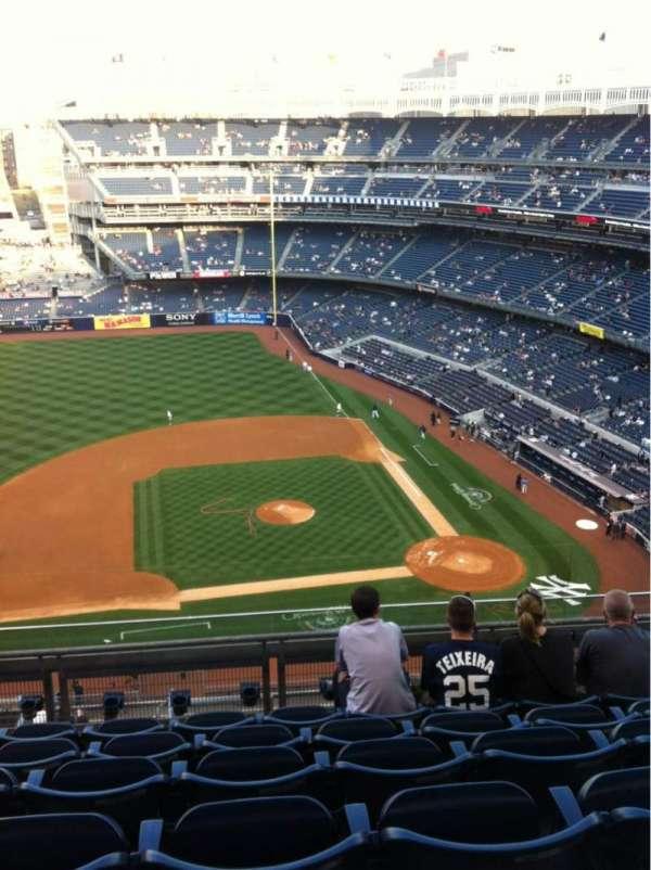 Yankee Stadium, secção: 425, fila: 6, lugar: 14