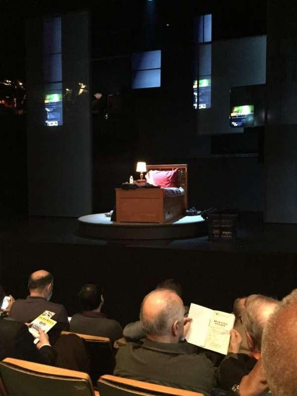 Tony Kiser Theatre, secção: Orchestra, fila: D, lugar: 110