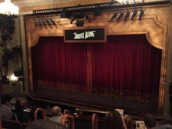 Music Box Theatre, secção: Mezzanine R, fila: E, lugar: 4