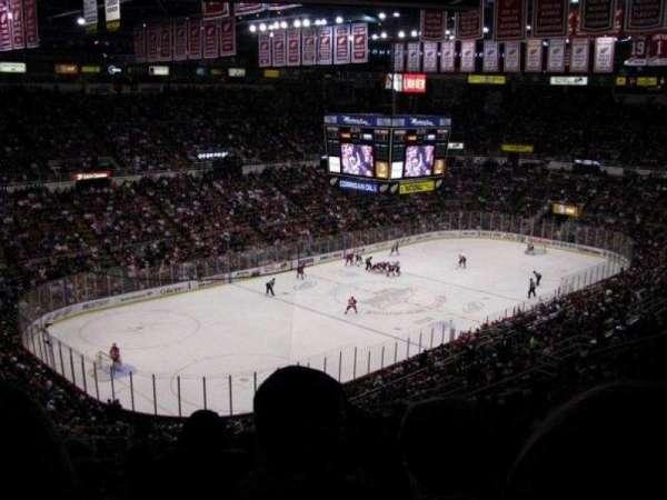 Joe Louis Arena, secção: 226A, fila: 20