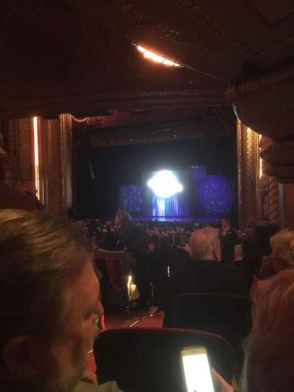 Wang Theatre, secção: Orchr, fila: Ddd, lugar: 32
