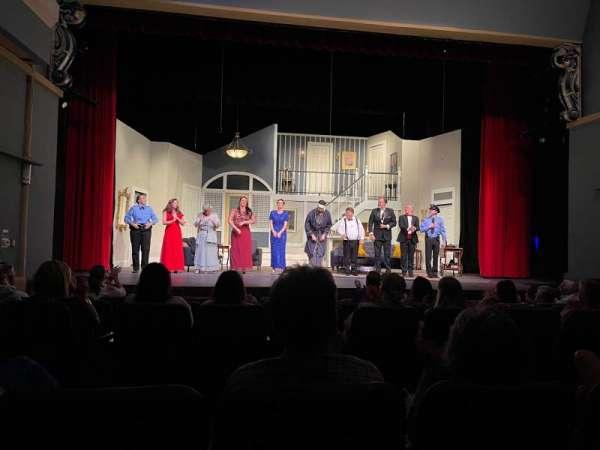 Pensacola Little Theater, secção: Orchestra, fila: G, lugar: 112