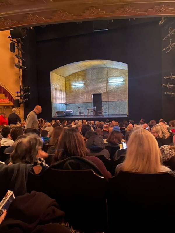 John Golden Theatre, secção: Orchestra C, fila: O, lugar: 101