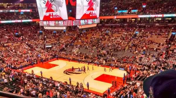 Scotiabank Arena, secção: 319, fila: 2, lugar: 3