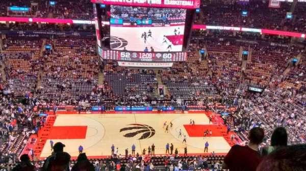 Scotiabank Arena, secção: 309, fila: 13, lugar: 23