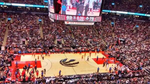 Scotiabank Arena, secção: 322, fila: 6, lugar: 8