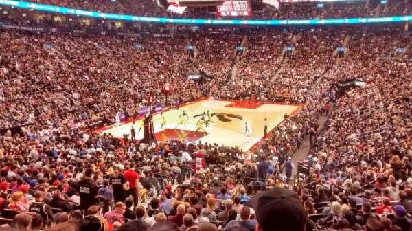 Scotiabank Arena, secção: 112, fila: 23, lugar: 10