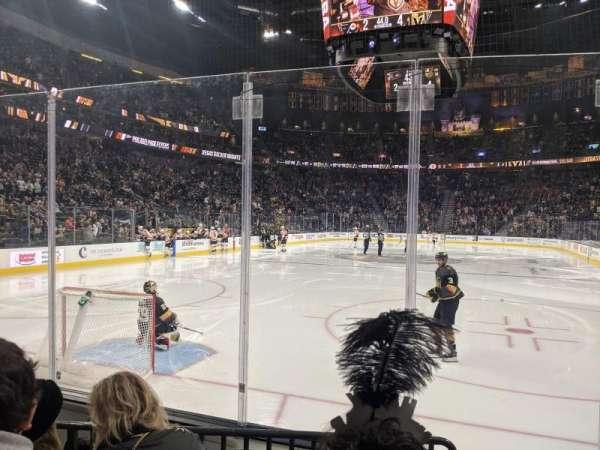 T-Mobile Arena, secção: 11, fila: C, lugar: 9