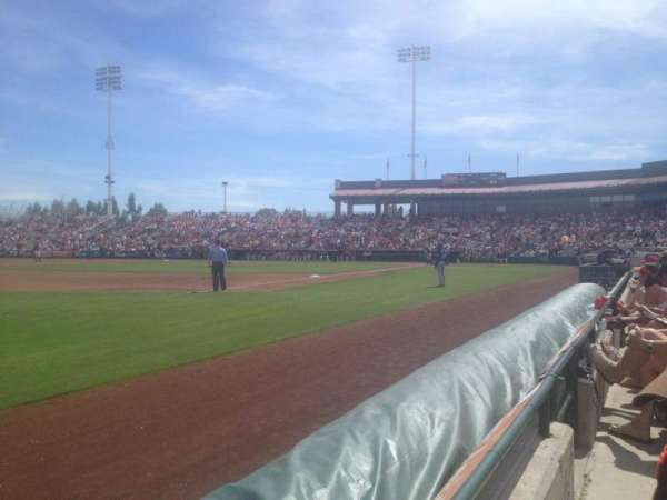 Scottsdale Stadium, secção: 123, fila: A, lugar: 5
