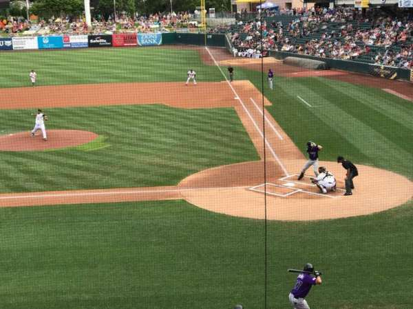 Smith's Ballpark, secção: 111, fila: 1, lugar: 15-18