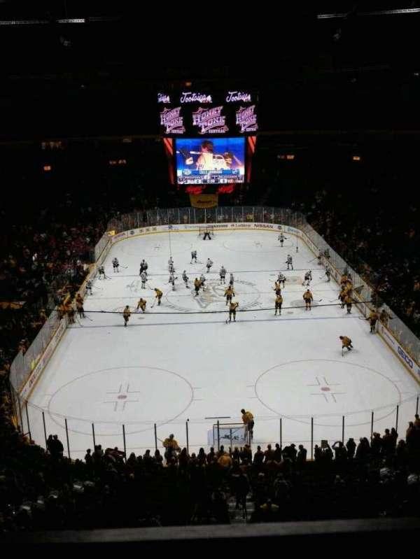 Bridgestone Arena, secção: 301, fila: A, lugar: 16