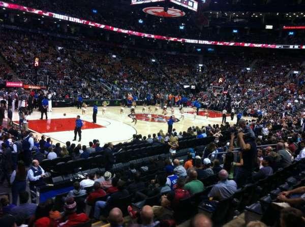 Scotiabank Arena, secção: 121, fila: 14, lugar: 3