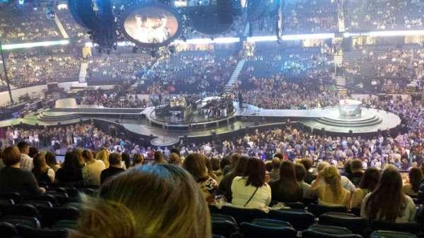 Allstate Arena, secção: 202, fila: n