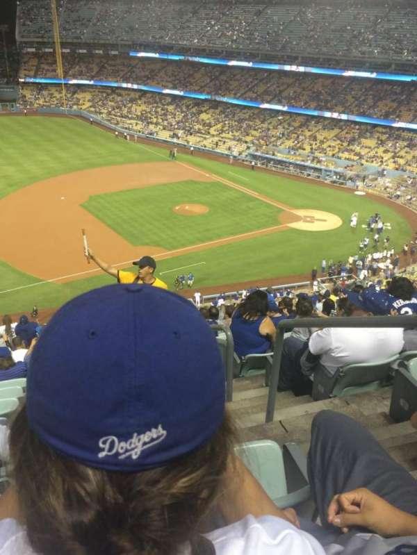 Dodger Stadium, secção: 27RS, fila: U, lugar: 1