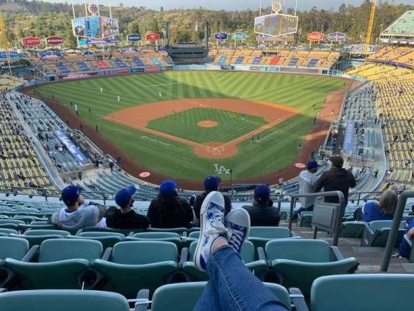 Dodger Stadium, secção: 3RS, fila: M, lugar: 2