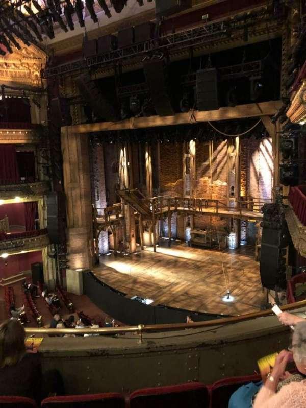 CIBC Theatre, secção: Mezzanine R, fila: D, lugar: 16