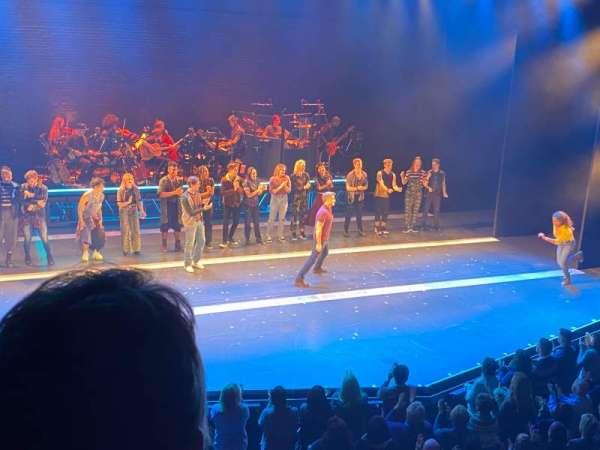 Broadhurst Theatre, secção: Mezzanine L, fila: B, lugar: 5