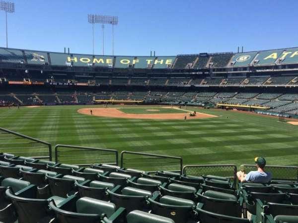 Oakland Coliseum, secção: 137, fila: 34, lugar: 7