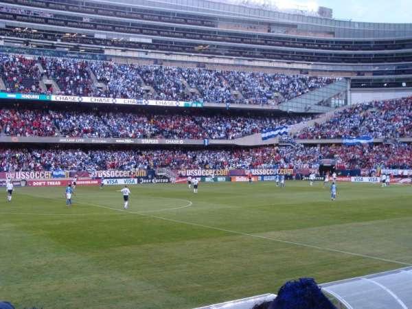 Soldier Field, secção: 140, fila: 4, lugar: 7