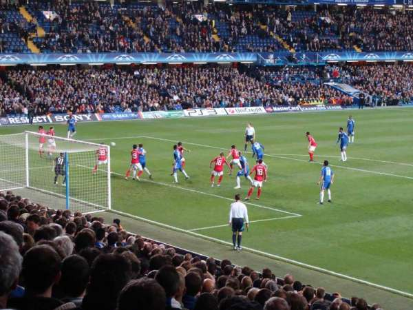 Stamford Bridge, secção: Matthew Harding Lower 9, fila: AA, lugar: 328