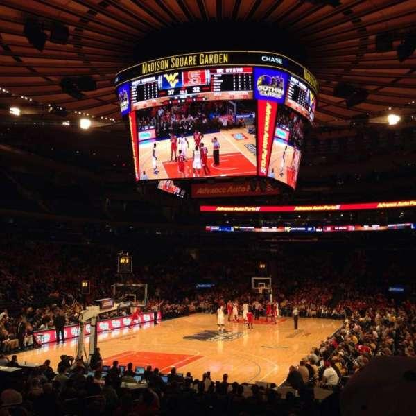 Madison Square Garden, secção: 113, fila: 9, lugar: 14