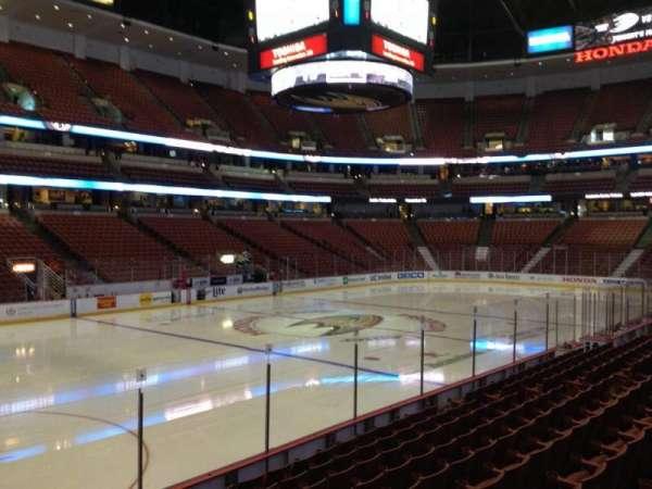 Honda Center, secção: 225, fila: K, lugar: 6