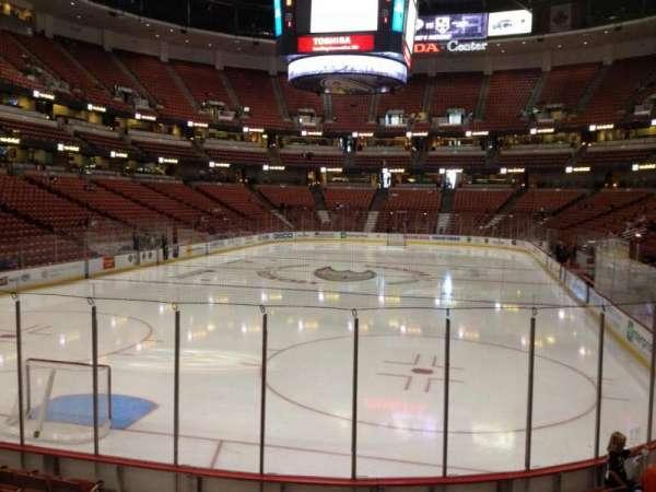 Honda Center, secção: 214, fila: K, lugar: 5