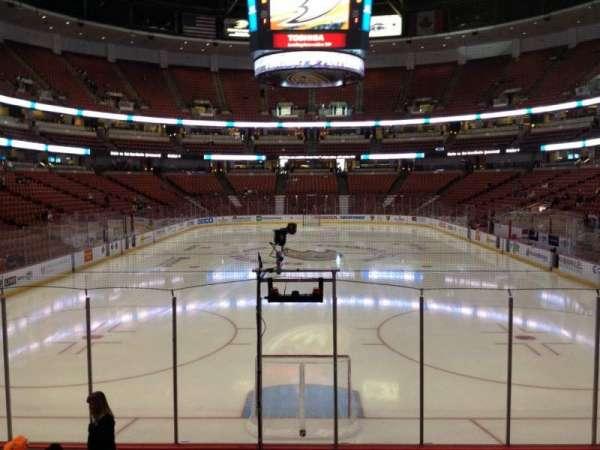 Honda Center, secção: 215, fila: K, lugar: 7
