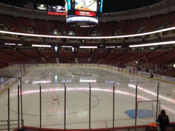 Honda Center, secção: 216, fila: L, lugar: 5