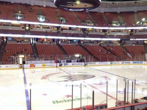 Honda Center, secção: 223, fila: K, lugar: 7