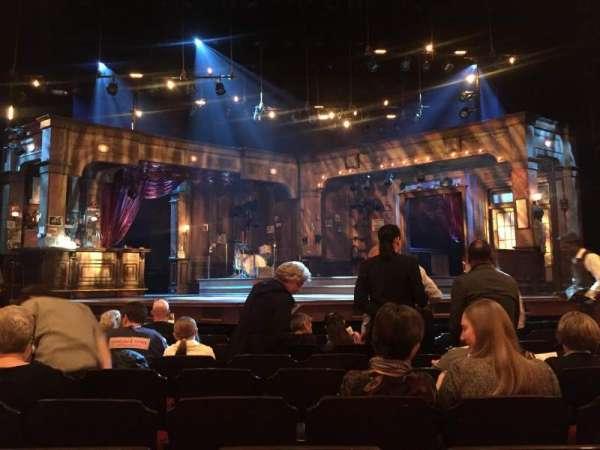 Bernard B. Jacobs Theatre, secção: Orchestra C, fila: H, lugar: 110
