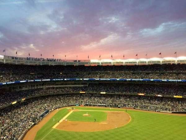 Yankee Stadium, secção: 405, fila: 1A, lugar: 2