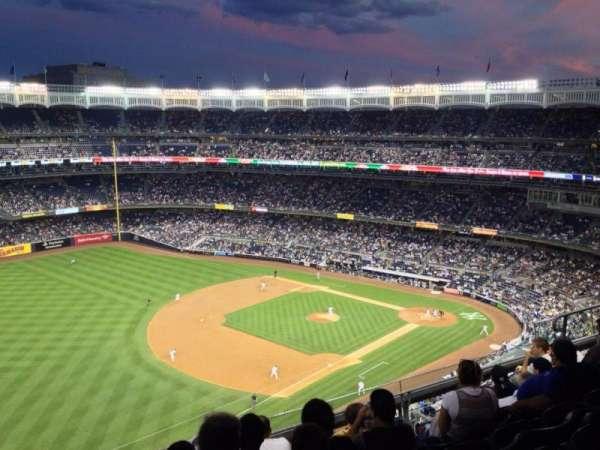 Yankee Stadium, secção: 430, fila: 8, lugar: 10