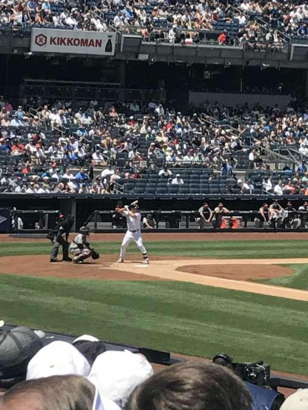 Yankee Stadium, secção: 114b, fila: 6, lugar: 4,5,6