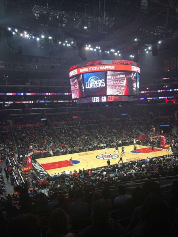 Staples Center, secção: PR7, fila: 12, lugar: 9