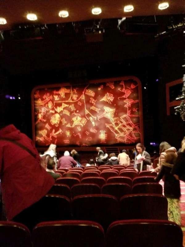 Minskoff Theatre, secção: Orchestra C, fila: X, lugar: 130