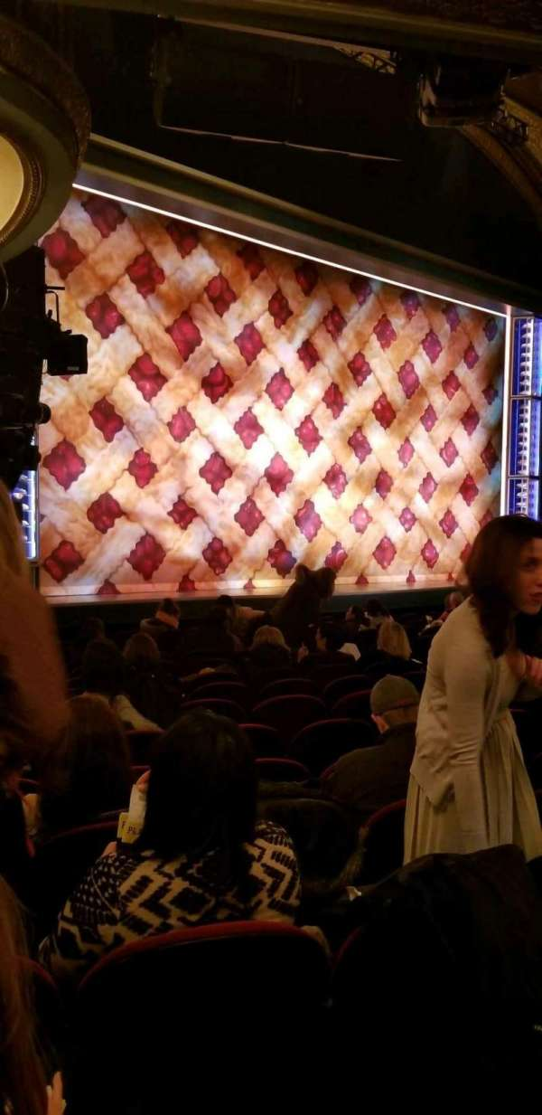 Brooks Atkinson Theatre, secção: Orchestra L, fila: N, lugar: 25