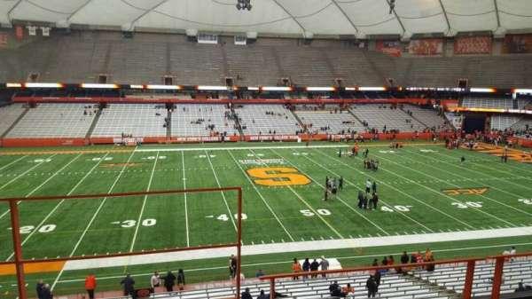 Carrier Dome, secção: 320, fila: c, lugar: 104