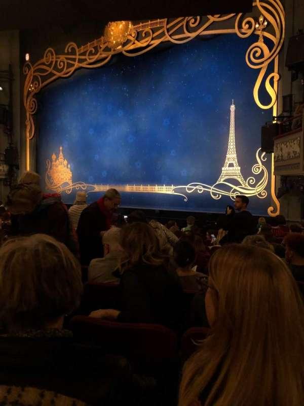 Broadhurst Theatre, secção: Right Orchestra, fila: M, lugar: 18