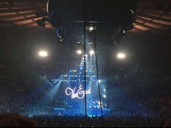 Madison Square Garden, secção: 2, fila: 18, lugar: 3
