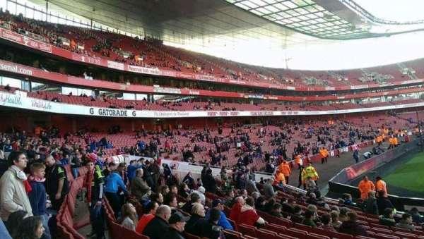 Emirates Stadium, secção: 20, fila: 15