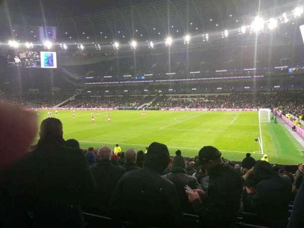 Tottenham Hotspur Stadium, secção: 117, fila: 11, lugar: 535