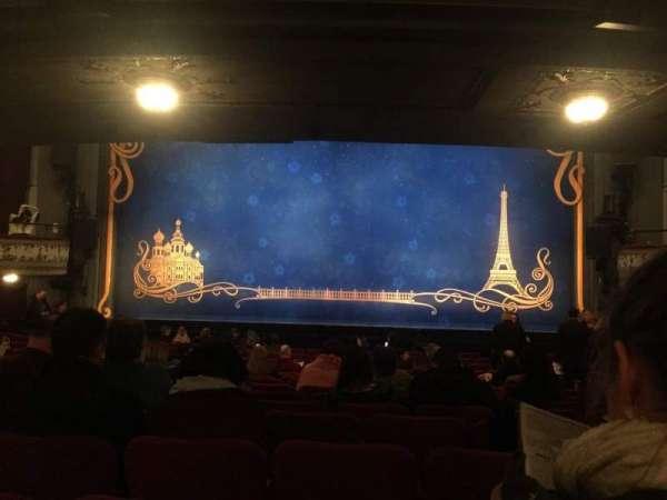 Broadhurst Theatre, secção: Orchestra Center, fila: Q, lugar: 112