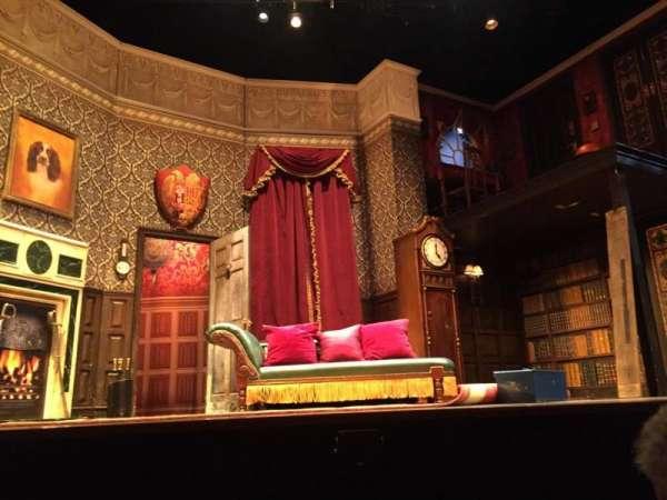 Lyceum Theatre (Broadway), secção: Orch Center, fila: A, lugar: 109