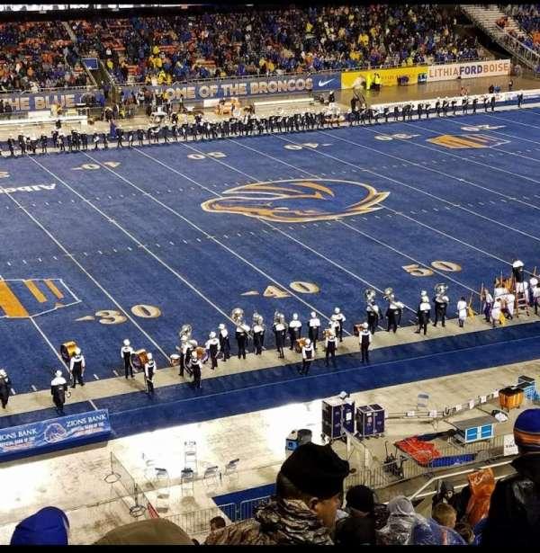 Albertsons Stadium, secção: 125, fila: R, lugar: 13