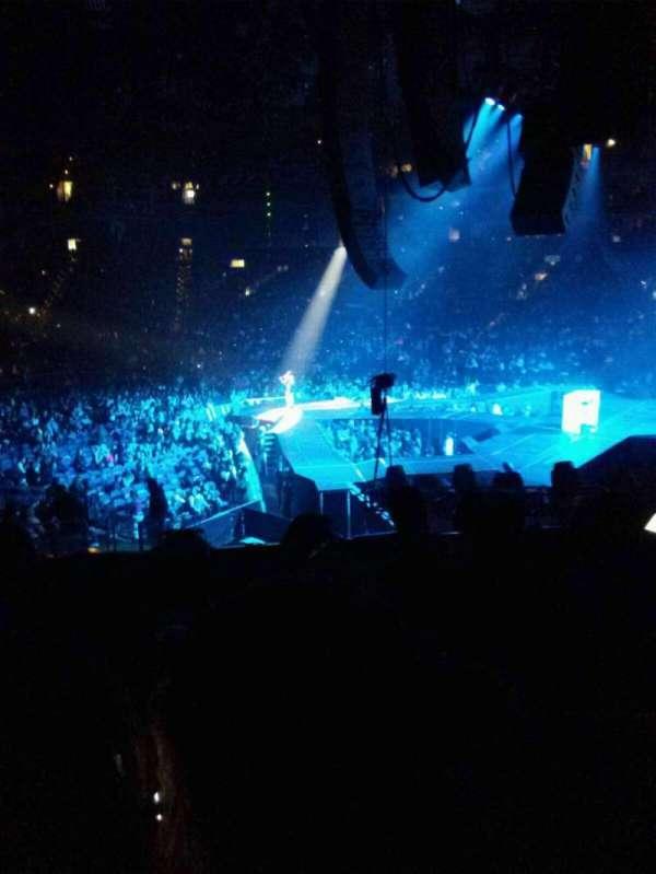 Oracle Arena, secção: 124, fila: 21, lugar: 17