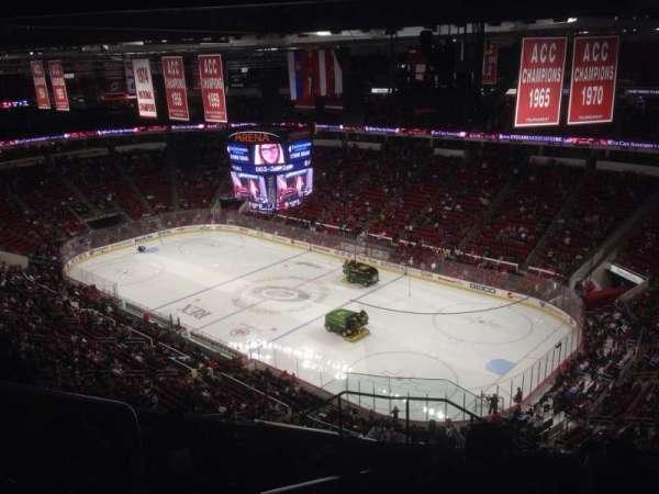 PNC Arena, secção: 337, fila: K, lugar: 14