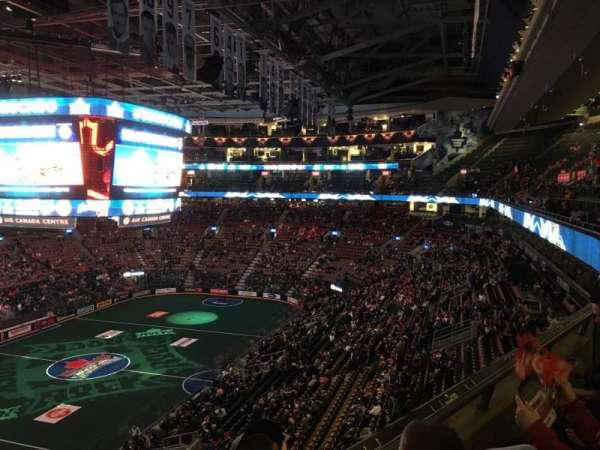 Scotiabank Arena, secção: 312, fila: 2, lugar: 10