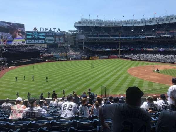 Yankee Stadium, secção: 229, fila: 17, lugar: 12