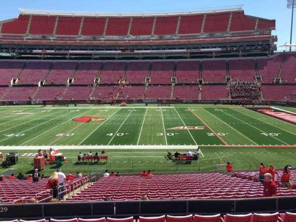 Cardinal Stadium, secção: 229, fila: G, lugar: 17